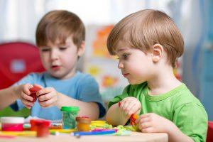 """מעולמם החברתי של ילדים- כישורים חברתיים ע""""י הבנה רגשית - מכון אפיק חדש, אורית ביטון"""